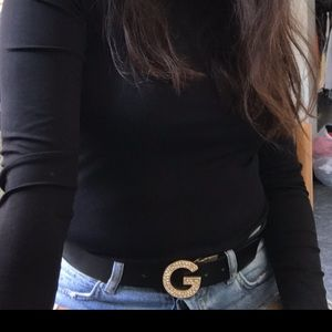 GUESS black and gold studded belt